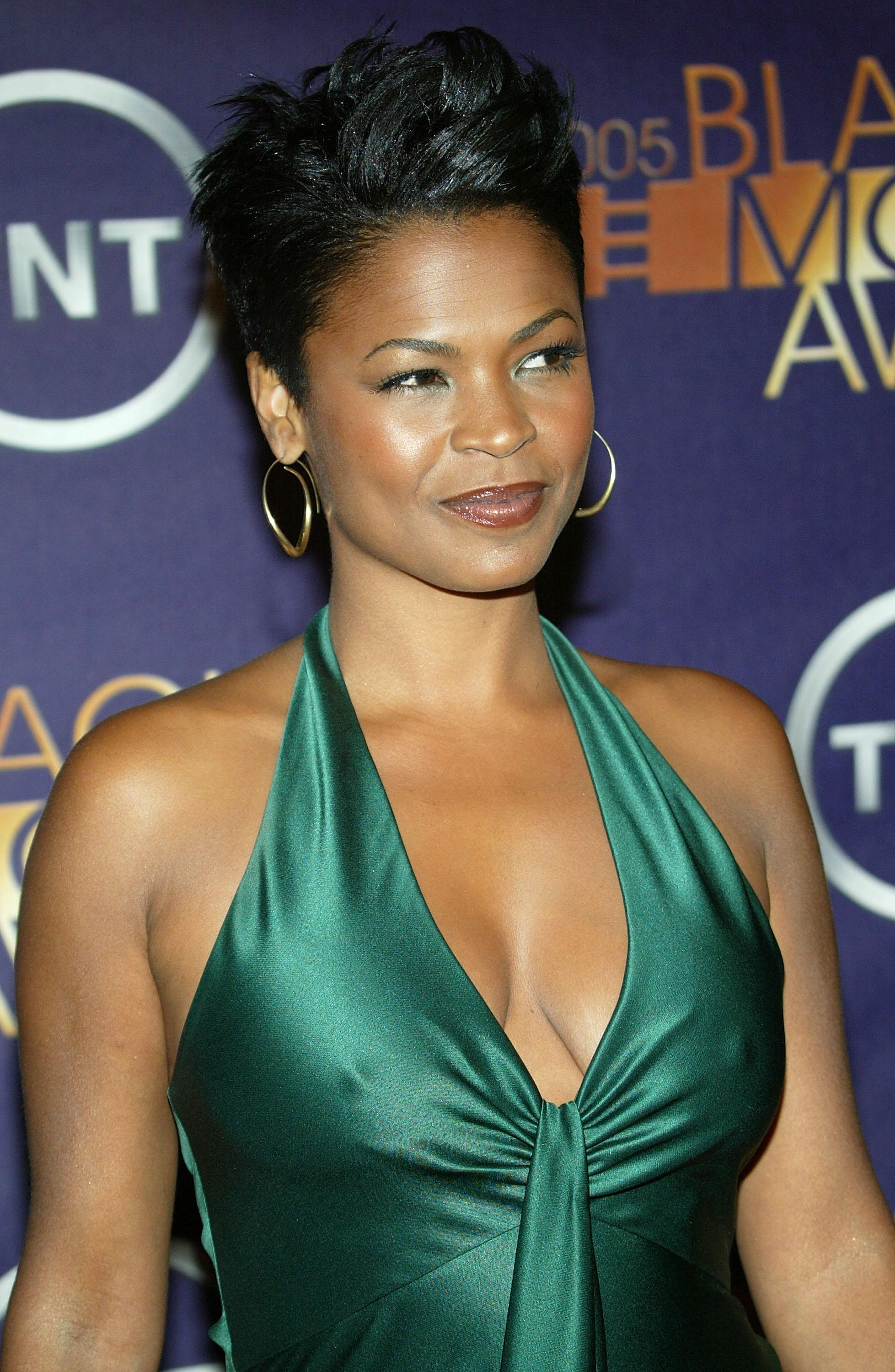 2005 Black Movie Awards - Arrivals