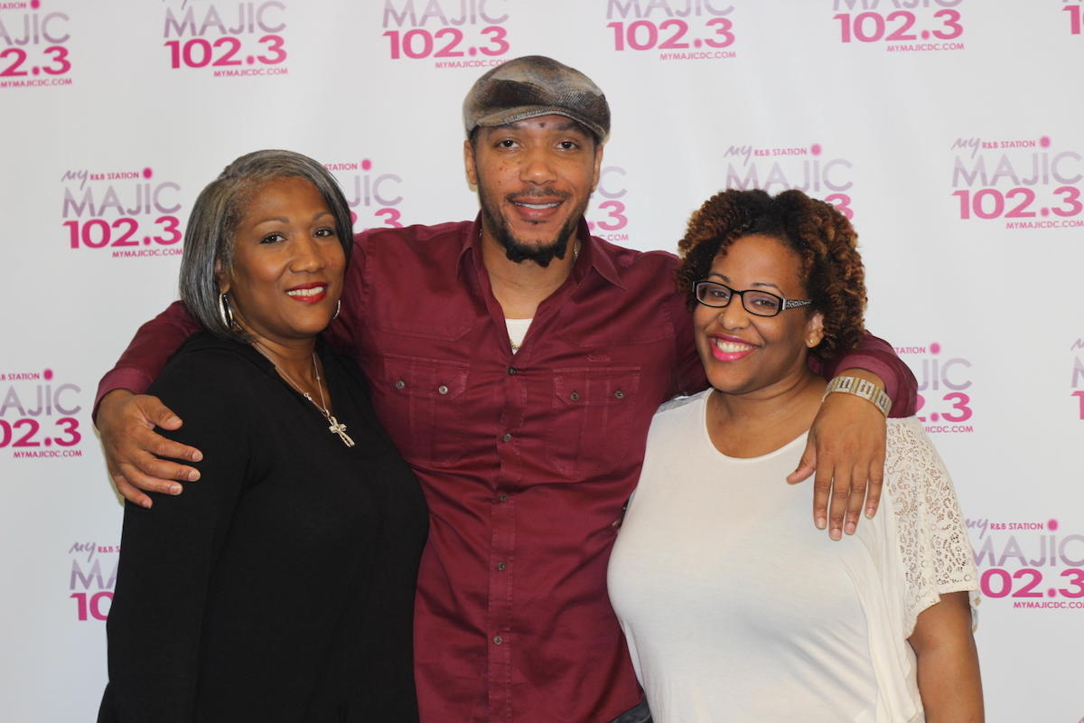 Majic 102.3 Meet & Greet with Lyfe Jennings