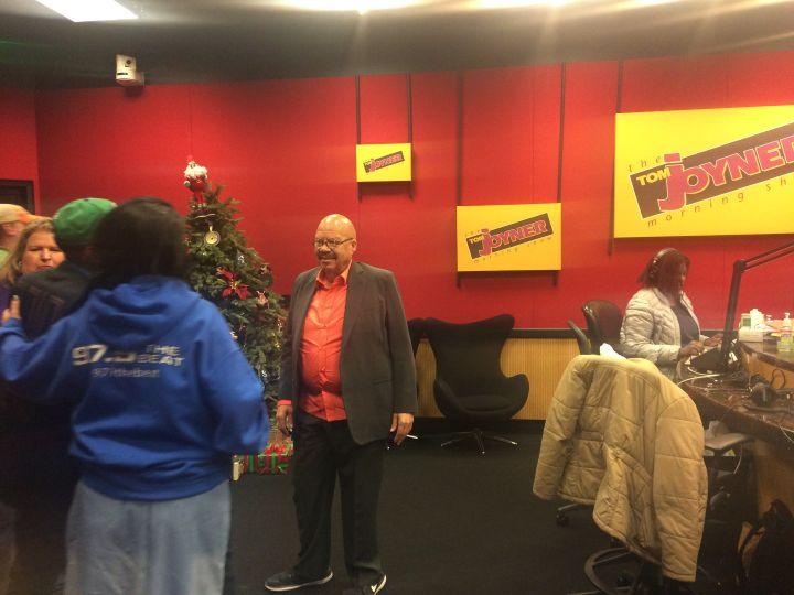 Radio One – Dallas Visits Tom Joyner In The Red Velvet Room (Photo Gallery)