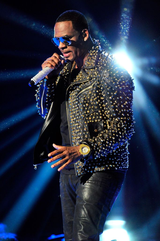 It's Official RCA/Sony Music Drops R  Kelly | Majic 94 5