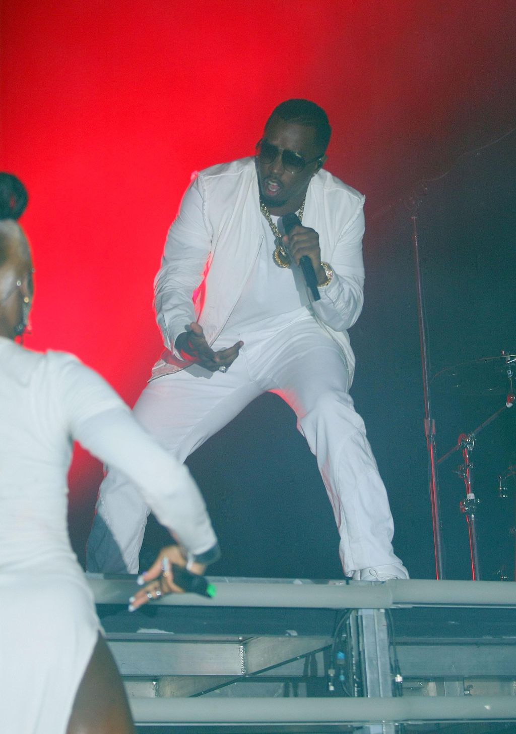 Diddy-Dirty Money Performs At The Club Nokia
